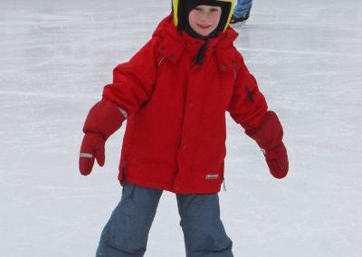 2005_Eisschuhlaufen-04